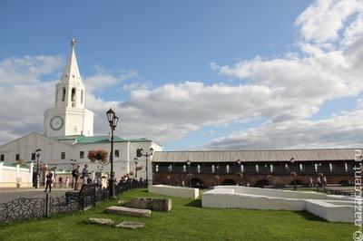 Многотысячный крестный ход провели в Казани в честь воссоздания храма