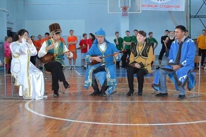 Этнические команды студентов сразились на фестивале в Барнауле
