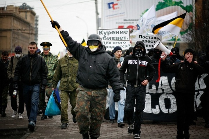 За нацистское приветствие станут привлекать к уголовной ответственности