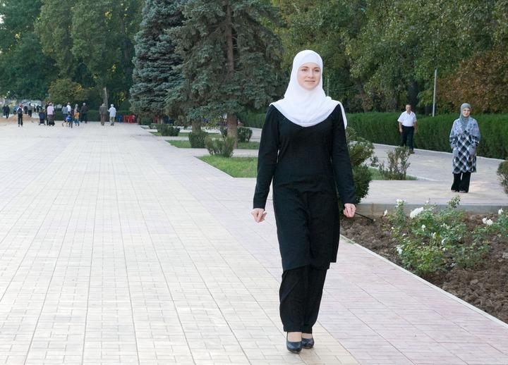 Минобрнауки и ОП РФ осудили инцидент с абитуриенткой в хиджабе в МГИМО
