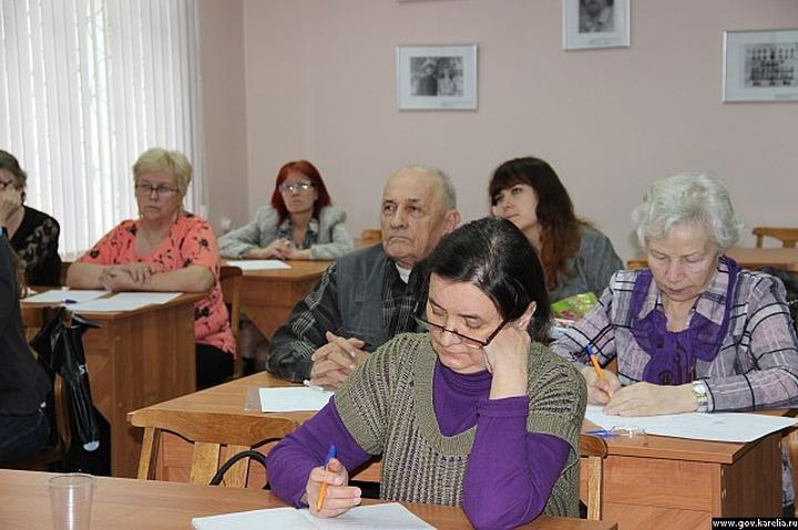 Союз карельского народа провел семинар по генеалогии