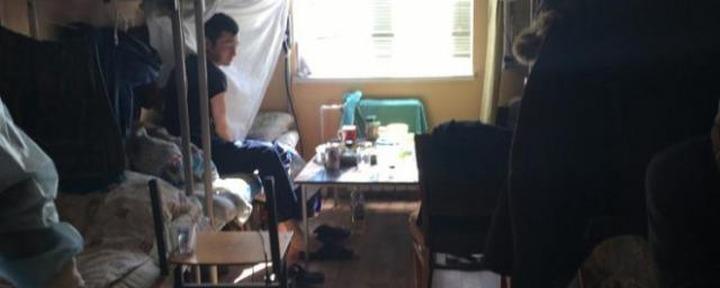 В Ленобласти возбудили уголовное дело после заражения мигрантов коронавирусом в хостеле