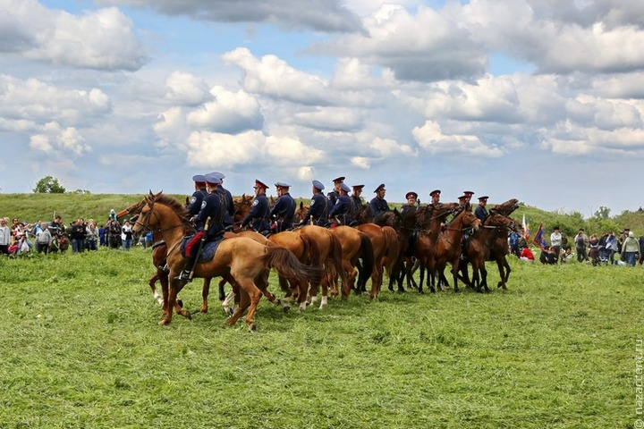 Казачьи шермиции прошли в Ростове-на-Дону