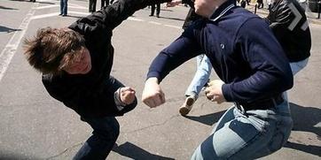 В Петербурге разыскивают свидетелей избиения школьника дагестанскими подростками