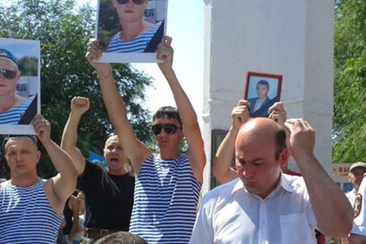 Жители Пугачева попытались сжечь кавказское кафе