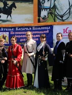 Первый женский чемпионат по рубке шашкой прошел в Ставрополе