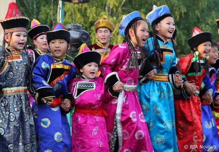 В Бурятии провели фестиваль детского ёхора