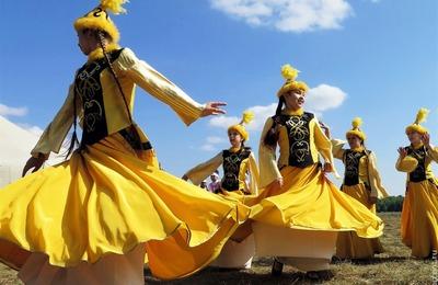 Делать казахские корпе из лоскутов научат в Тюменской области