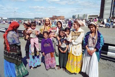 ВЦИОМ: Почти половина россиян считают, что у цыган нет постоянного дома
