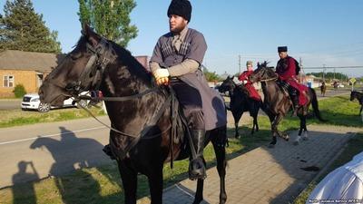 Жители балкарского села заблокировали участников конного похода в честь 310-летия Канжальской битвы