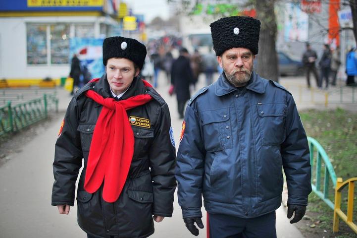 Столичная полиция: Казаки пиарятся, патрулируя улицы