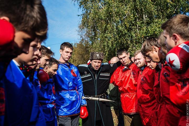 Казаки не будут патрулировать Крым с нагайками