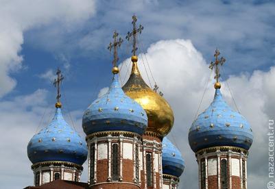 Патриарх Кирилл: верующие не могут заразиться коронавирусом во время причастия