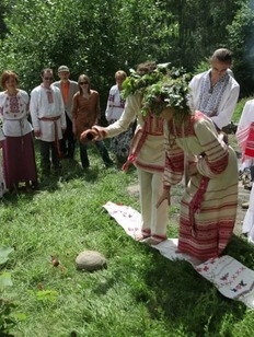 В Осинском районе на свадьбе споют на старославянском языке