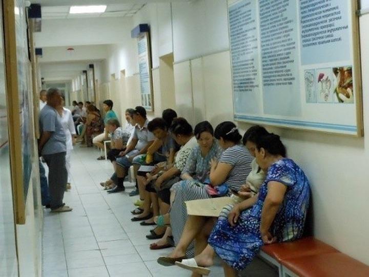 Медицинским полисом с начала года воспользовались не больше 15% мигрантов