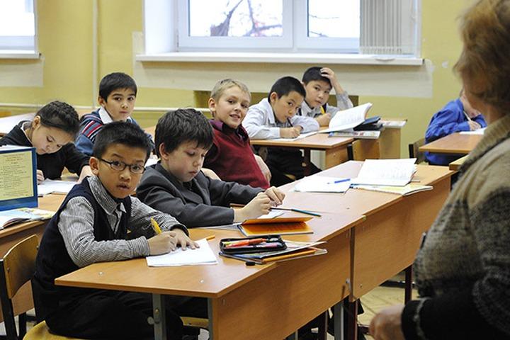 Госдума поддержала закон об учете детей мигрантов