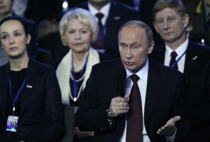 """Путин: Разный подход к изучению истории нарушит пространство """"нашей многонациональной нации"""""""