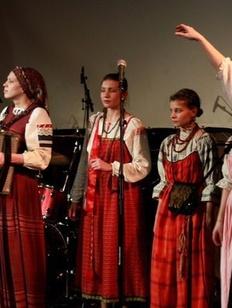 Старинный свадебный обряд села Молодой Туд реконструируют в Твери