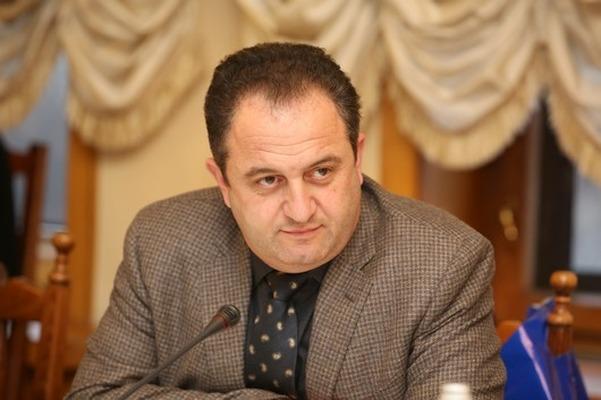 Иван Шонус