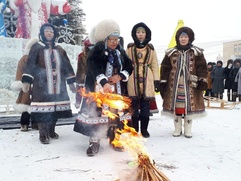 В Якутии встретили Солнце обрядовым праздником