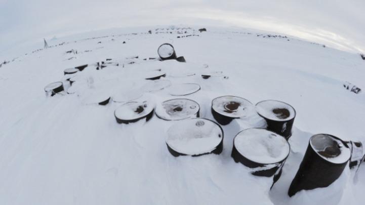 Медведев: Планы хозяйственного освоения Арктики должны учитывать интересы и права коренных народов Севера