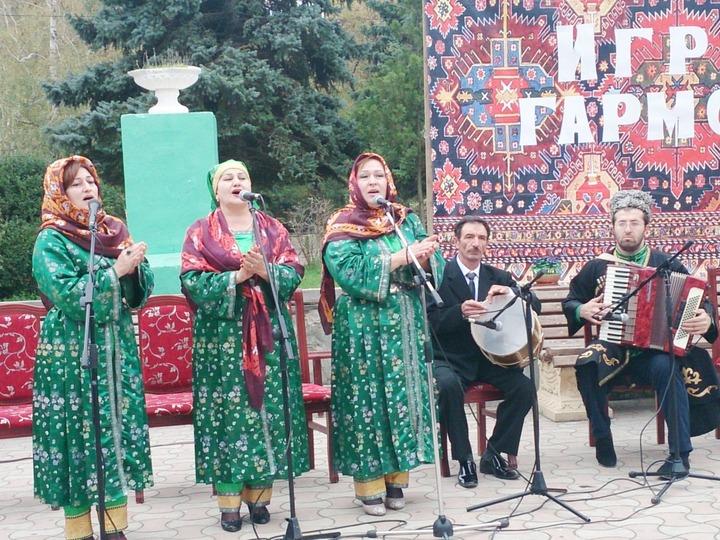 Дагестанские гармонисты показали себя в Буйнакске