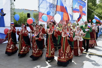 """Тюмень отпразднует День России """"Мостом дружбы"""""""