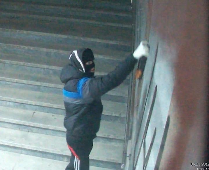 В Казани возбудили уголовное дело из-за ксенофобских надписей на зданиях
