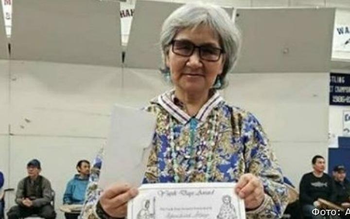 Хранительницу фольклора эскимосов поздравили с юбилеем на Чукотке