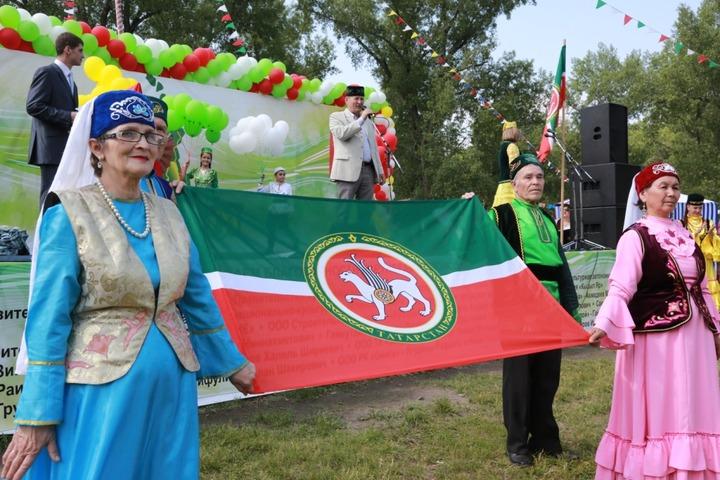В Татарстане продлят программу сохранения национальной идентичности татар на три года