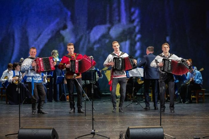 В Архангельской области выберут лучших гармонистов России и зарубежья