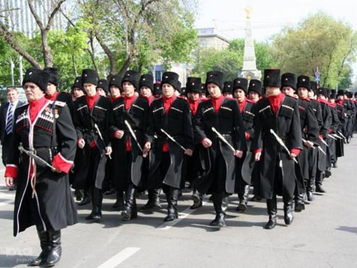 Ставропольские казаки провели митинг в поддержку изнасилованного аварцем станичника