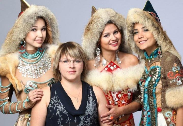 Башкирки показали этническую моду в Монголии