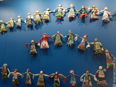 """Национальные мотивы на выставке """"Искусство куклы"""" в Москве"""