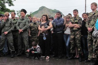 На Ставрополье на сход против строительства мечети вышли 600 человек