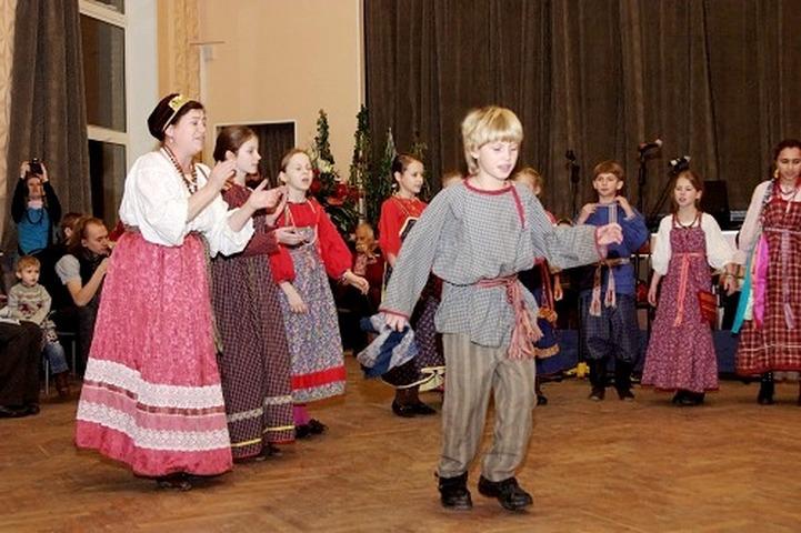 Для петербуржцев устроят трехдневную вечеринку в славянском стиле