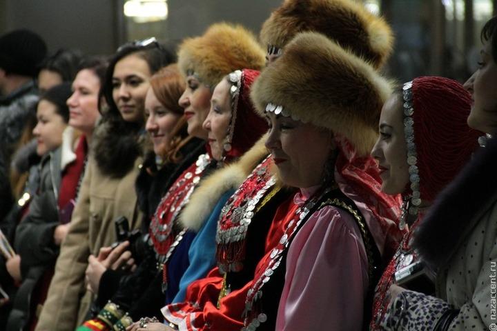 Фольклор и генеалогия: в Башкортостане стартует год башкирского языка