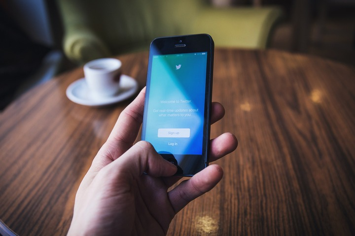 В Twitter запретили публиковать оскорбления по признаку расы и национальности