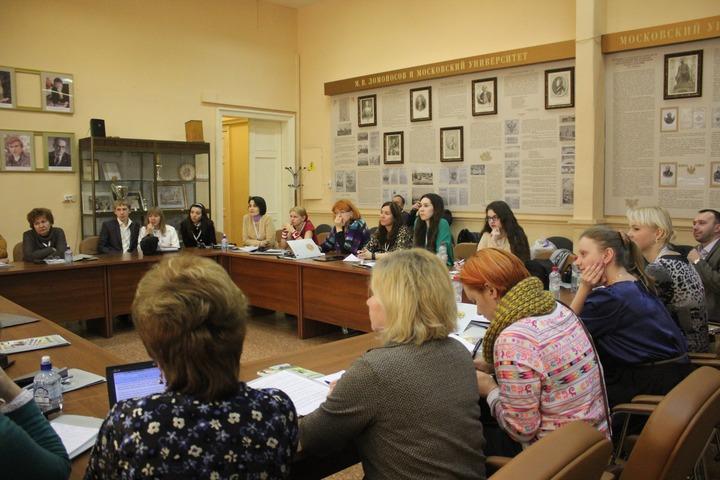 """Журналисты, политики и чиновники поделились знаниями с победителями конкурса """"СМИротворец"""""""