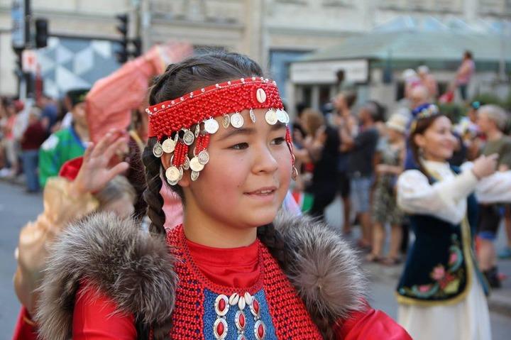 Татары и башкиры впервые приняли участие в канадском празднике общин