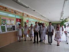 """Выставку """"Дети России"""" открыли в Марий Эл квасом и хлебом-солью"""