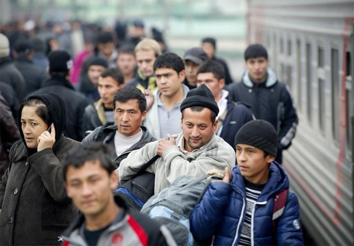 ФМС: 80% мигрантов в России являются выходцами из стран СНГ