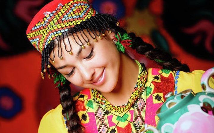 Жители Тюмени сходят в гости к семьям разных народов онлайн