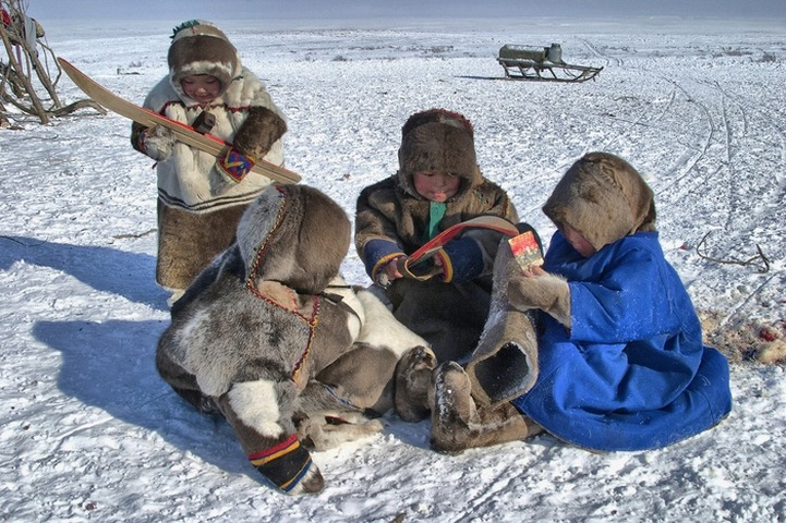 Госдума приняла законопроект об усыновлении детей кочевниками