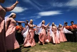 Татарские артисты из Казани приедут на Хыдырлез в Крым
