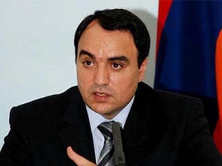 Россию попросили увеличить срок безвыездного пребывания для армянских мигрантов