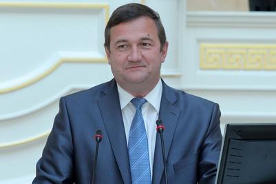 """Чиновник: Конфликт вокруг моста Кадырова может показать """"бытовой национализм"""""""