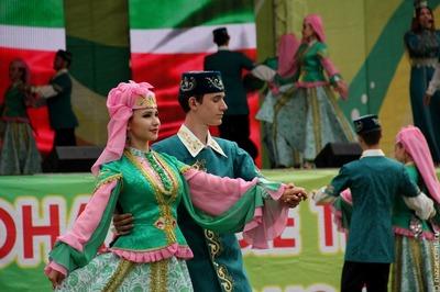 Показ благопристойной моды пройдет на Сабантуе в Москве