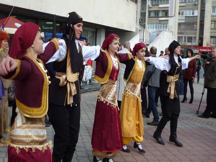 В Симферополе отметили праздник справедливости и единения народов Крыма