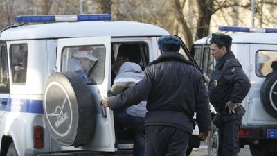 Трое обвиняемых в избиении мужчины на станции Силикатная признали свою вину